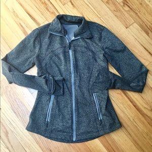  LULULEMON Jacket  Size 4 